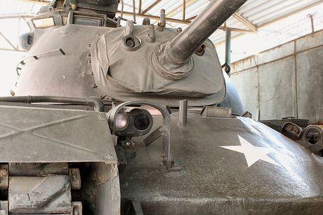 Can canh xe tang M48 cua My duoc quan doi Viet Nam 'thuan duong' - Anh 14