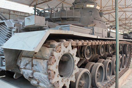Can canh xe tang M48 cua My duoc quan doi Viet Nam 'thuan duong' - Anh 7