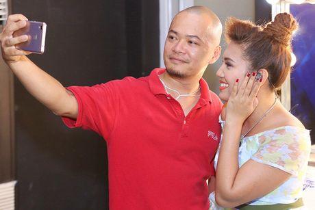 Quan quan Vietnam Idol Janice Phuong ke chuyen lam dau o Viet Nam - Anh 4