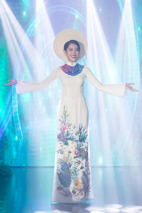Nam Em khoe loat dam goi cam se mac tai Miss Earth - Anh 12