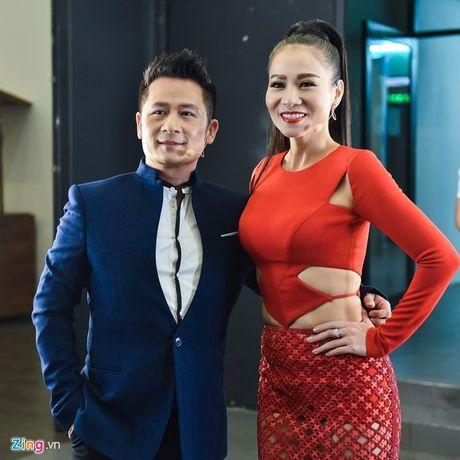 Khan gia dong loat ung ho xoa so Vietnam Idol vi qua nhat nheo - Anh 2