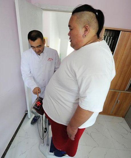That tinh, hot boy an uong tha ga tang len 255kg - Anh 4