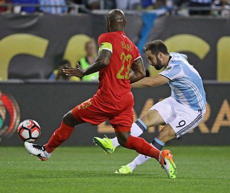HLV Bauza da co phuong an tan cong khi Argentina khong co Messi - Anh 2