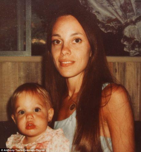 Vi giong bo, Angelina Jolie bi me ghe lanh - Anh 4