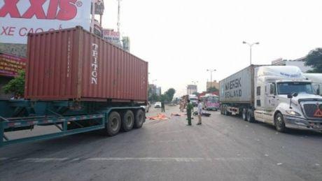 Hai Phong: Xe container chen tu vong hai anh em - Anh 1