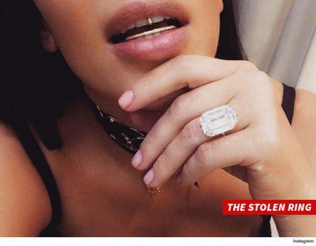 Chi tiet vu Kim Kardashian bi cuop hang trieu USD o Paris - Anh 2
