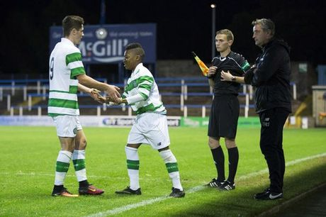 Celtic gay soc voi than dong 13 tuoi Dembele - Anh 3