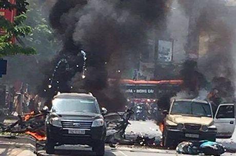 No taxi o Cam Pha: Nghi van vi khach kich min tu sat? - Anh 1