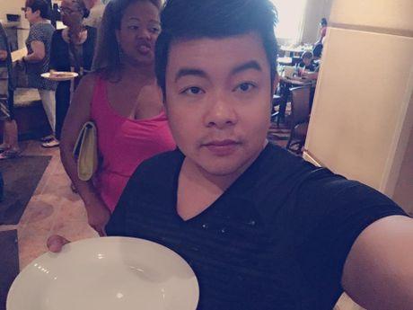 Chia tay hotgirl, Quang Le cong khai nguoi yeu la con gai chu tiem vang - Anh 1