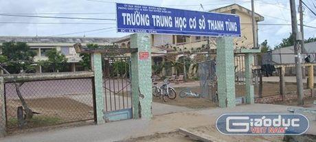 "Phai bao cao vu Hieu truong ""doc quyen 30 nam"" truoc ngay 7/10 - Anh 1"