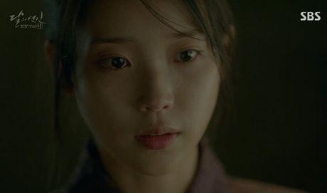 Nguoi tinh anh trang tap 12: IU tu choi loi cau hon tu Lee Jun Ki - Anh 10