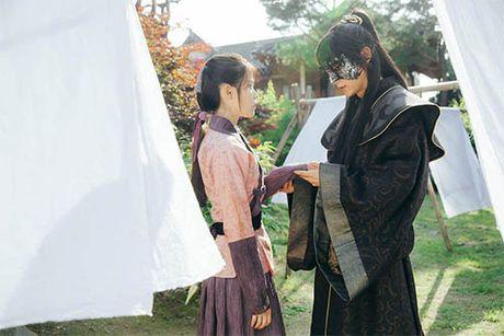 Nguoi tinh anh trang tap 12: IU tu choi loi cau hon tu Lee Jun Ki - Anh 1