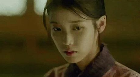 Nguoi tinh anh trang tap 12: IU tu choi loi cau hon tu Lee Jun Ki - Anh 4