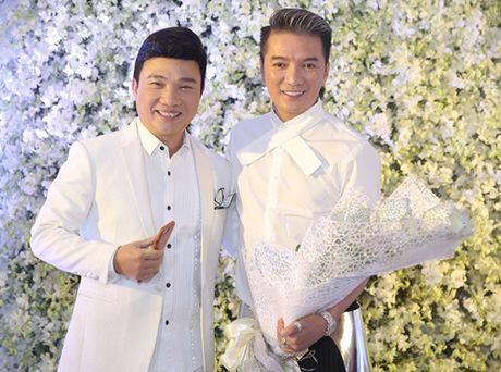 Dong dao sao Viet te tuu du sinh nhat hoanh trang cua Mr Dam - Anh 2