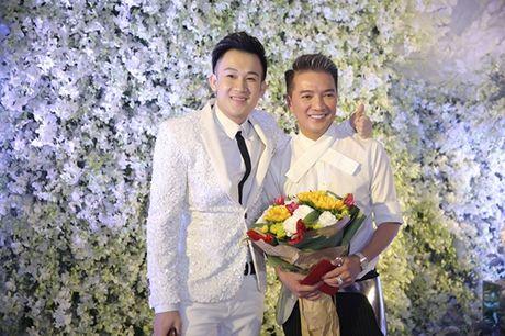 Dong dao sao Viet te tuu du sinh nhat hoanh trang cua Mr Dam - Anh 3