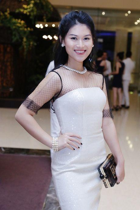 Dong dao sao Viet te tuu du sinh nhat hoanh trang cua Mr Dam - Anh 8