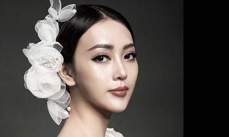 'Hot girl' giong Chau Tan ben duyen nghe thuat - Anh 1