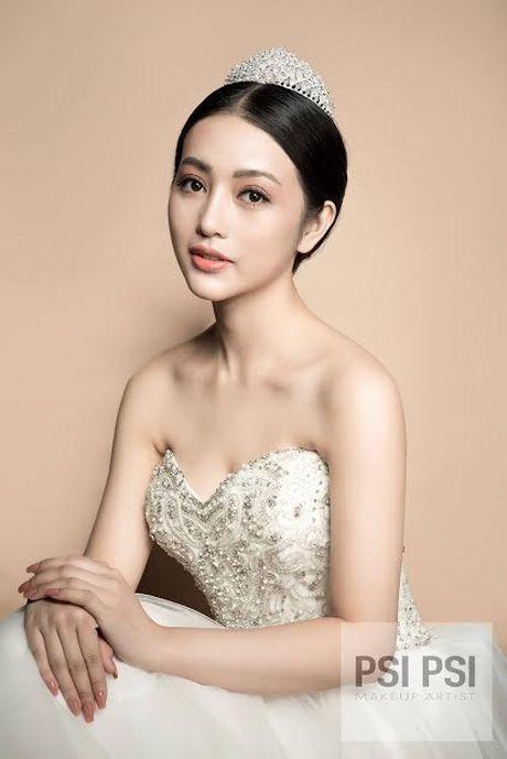 'Hot girl' giong Chau Tan ben duyen nghe thuat - Anh 3