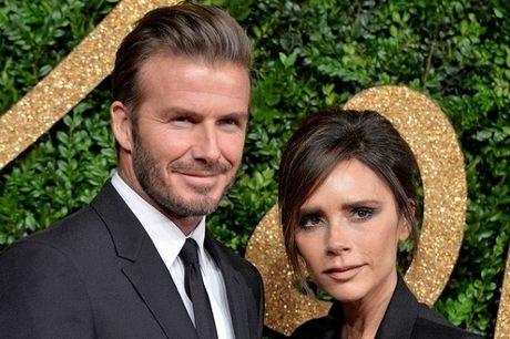 Victoria Beckham len tieng ve viec sinh con thu 5 - Anh 1