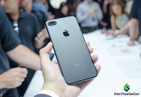 """Nguoi tieu dung """"che"""" iPhone 7 - Anh 1"""