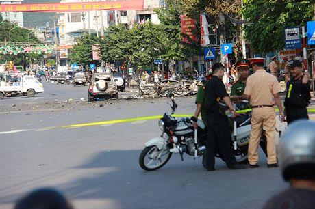 No taxi o Quang Ninh: Hanh khach tu tu bang min tu tao - Anh 2