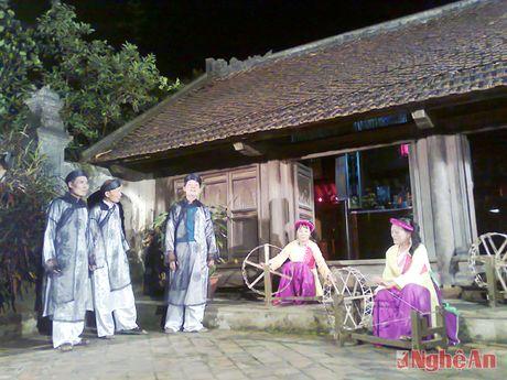 NSND Thu Hien, Hong Luu tham gia 'An tinh Vi, Giam' tai Ha Noi - Anh 3
