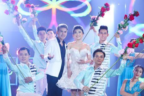 'Ban loan' vi phien ban song ca 'Trach ai bay gio' cua Dong Nhi - Do Hieu - Anh 10