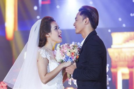 'Ban loan' vi phien ban song ca 'Trach ai bay gio' cua Dong Nhi - Do Hieu - Anh 4