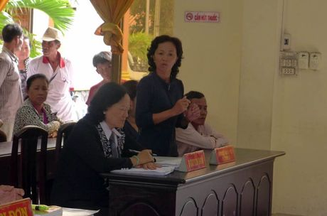 Rac roi vu danh trao to ve so 1,5 ty dong - Anh 2