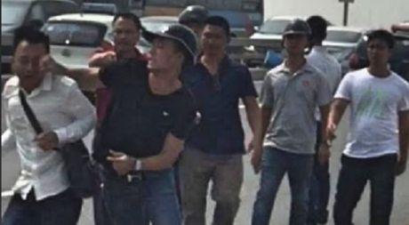Vu 'gat tay trung ma PV': De nghi Bo Cong an xu cong bang - Anh 1