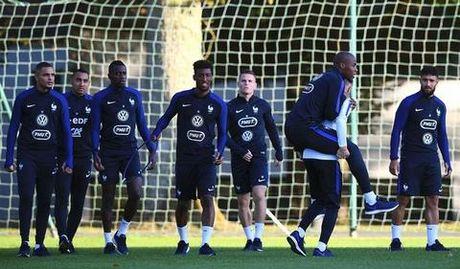 Deschamps: 'Dung ki vong qua nhieu vao Pogba' - Anh 9