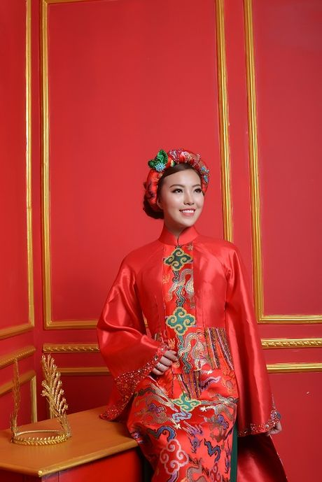 A hau Thuy Hang dau gia tu thien ao dai o Berlin de ung ho danh ca Khanh Ly - Anh 10