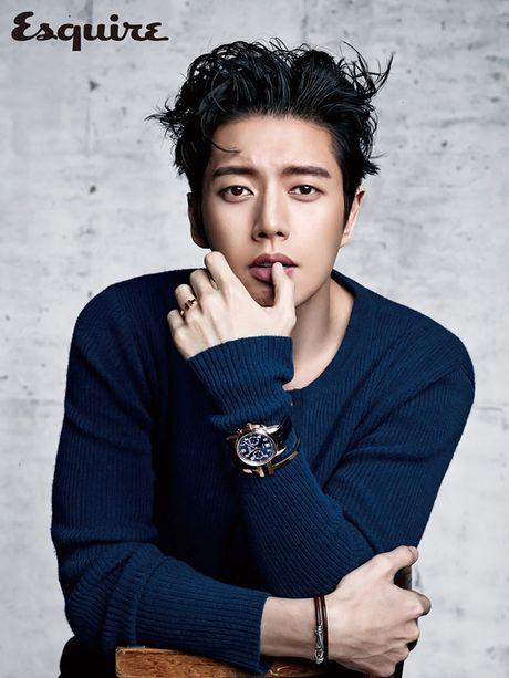 """Song Joong Ki lai dong phim cua bien kich """"Hau due Mat Troi"""" - Anh 2"""