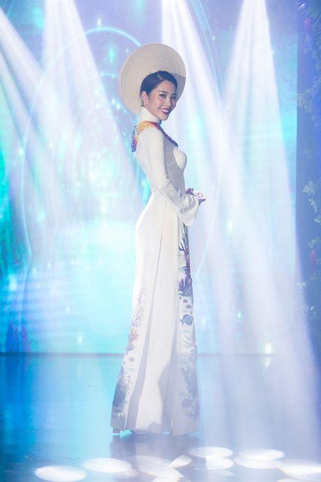 Nam Em: Toi bi mang chui nhieu vi su co mat vay thi Miss Earth - Anh 12