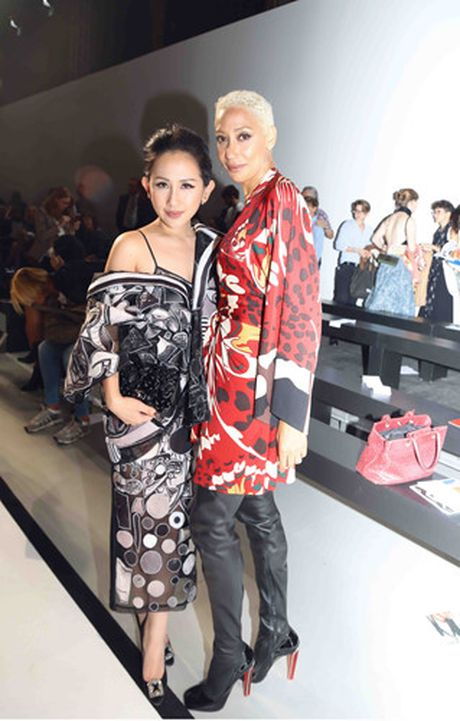 Tram Nguyen hoi ngo hai chan dai Viet o Paris Fashion Week - Anh 6