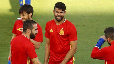 Dau Italia, Tay Ban Nha trong cay vao Diego Costa - Anh 1
