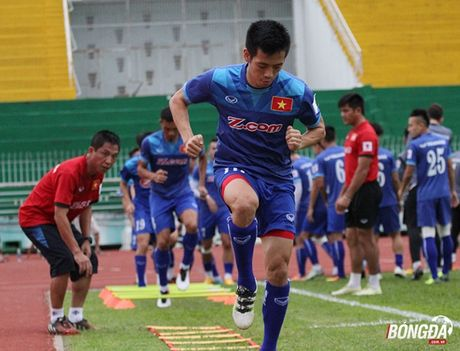 Thay tro Huu Thang luyen bai tu truoc tran gap Trieu Tien - Anh 4