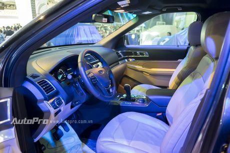 Ford Explorer: Ngoi sao cua gian hang Ford tai VMS 2016 - Anh 11