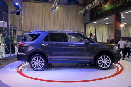 Ford Explorer: Ngoi sao cua gian hang Ford tai VMS 2016 - Anh 4