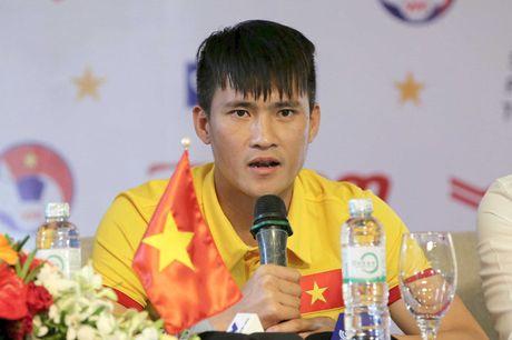 Cong Vinh: 'HLV Huu Thang se tung ra cau thu tot nhat dau voi Trieu Tien' - Anh 1