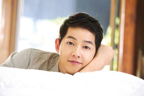 Khan gia som duoc gap lai Song Joong Ki tren man anh nho - Anh 1