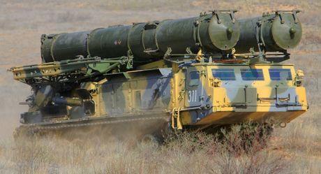 Nga xac nhan trien khai S-300 toi Syria, bien Tartus thanh phao dai - Anh 1