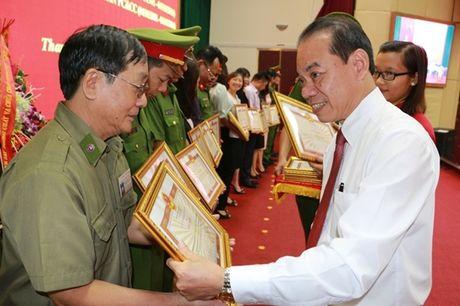Cac quan, huyen TP Ha Noi ky niem 55 nam ngay truyen thong luc luong Canh sat PCCC - Anh 2