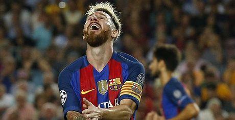 GOC NHIN: Barca thua tham khong vi vang Messi - Anh 1