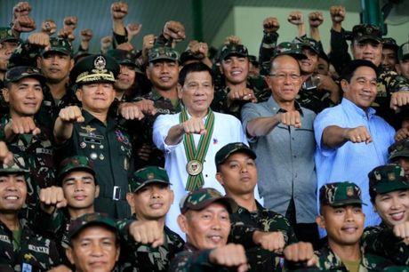 """Hoa ra Duterte doa """"chia tay"""" My la vi... vu khi - Anh 1"""