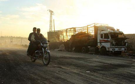 LHQ len tieng ve vu tan cong doan xe cuu tro o Aleppo - Anh 1