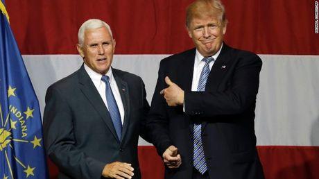 Pho tuong cua Trump va Clinton chua tranh luan, dang Cong hoa da tu nhan thang cuoc - Anh 1