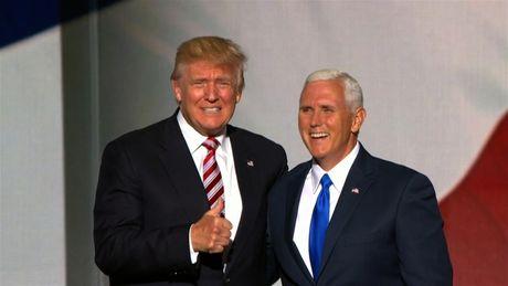 'Pho tuong' cua Donald Trump bat ngo len tieng chi trich Tong thong Nga Putin - Anh 1
