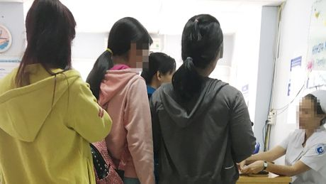 Giat minh chuyen 'yeu' cua sinh vien: Noi dau xe long o phong pha thai - Anh 2