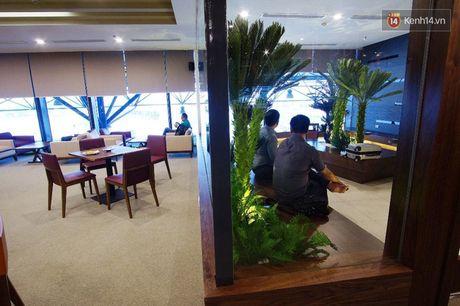 Can canh phong khach hang thuong gia moi cua Vietnam Airlines o Noi Bai - Anh 13